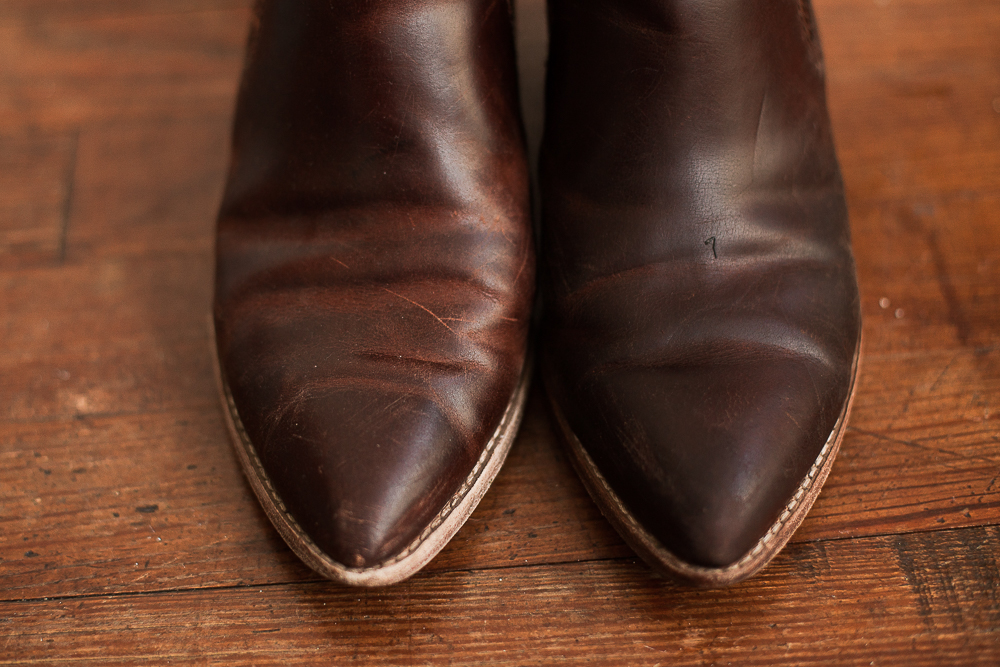 How To Remove Oil Paint From Leather Shoes